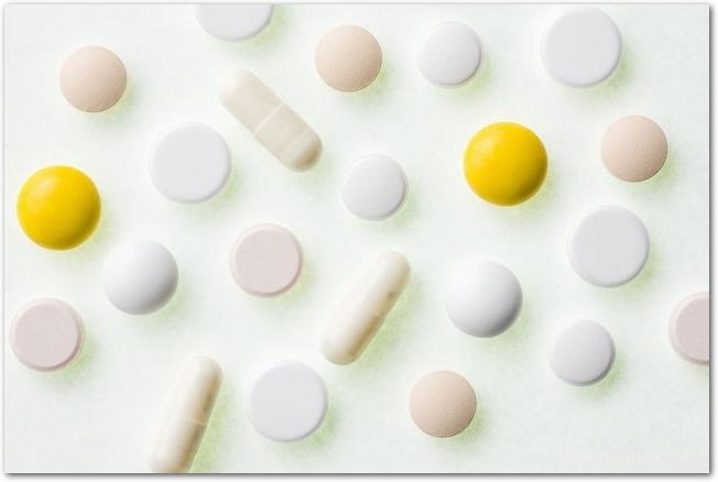 カプセルや錠剤など様々な薬