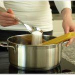 パスタの塩加減 適量と味付けのコツは?塩を入れるタイミングは?